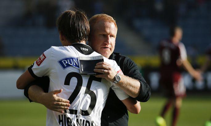 Sturms Trainer Heiko Vogel und Mittelfeldspieler Stefan Hierländer haben im Kampf um den Titel nochmals Hoffnung geschöpft.