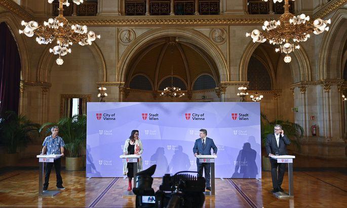 Umweltmediziner Hans-Peter Hutter, Kulturstadträtin Veronica Kaup-Hasler (SPÖ), Bürgermeister Michael Ludwig (SPÖ) und Gesundheitsstadtrat Peter Hacker (SPÖ).