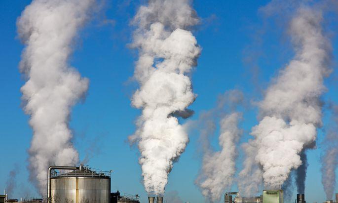 Belastung der Umwelt durch Industrieabgase
