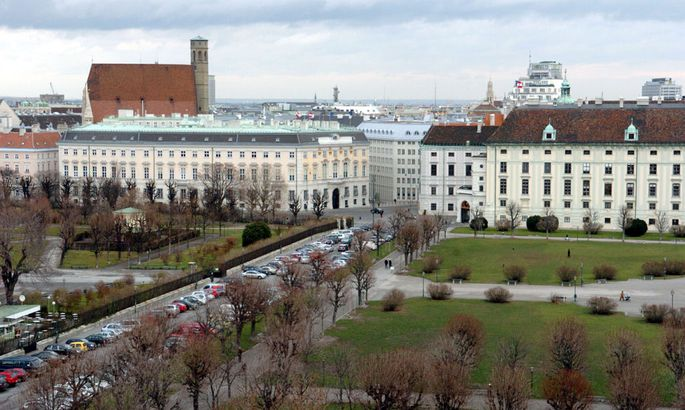 Blick auf den Heldenplatz