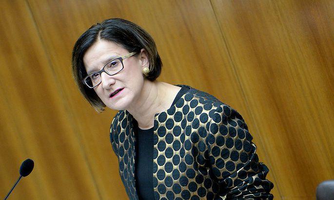 Asyl: ÖVP fordert von Faymann Treffen mit Merkel