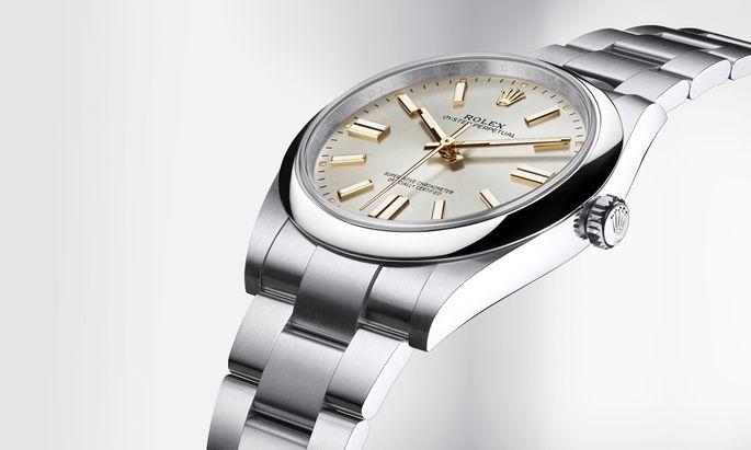 """Die Neue Größe. Die """"Oyster Perpetual 41"""" bietet neben einem verbesserten Uhrwerk sowohl klassische als auch bunte Zifferblätter."""