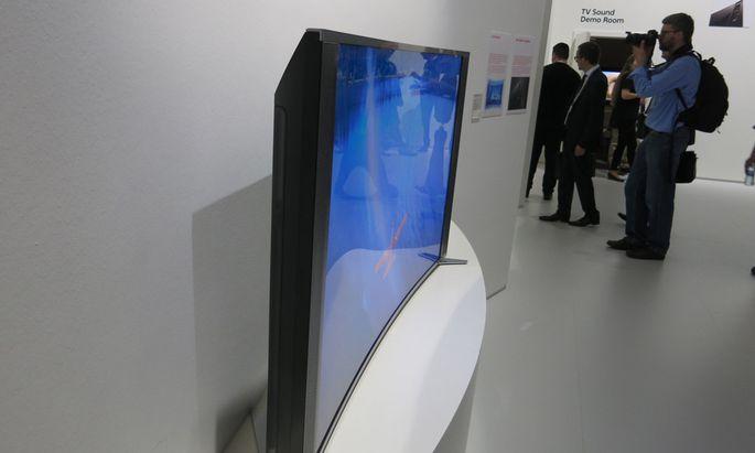 Sony biegt LEDFernseher