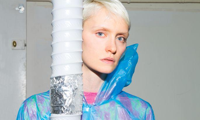 Der DACH Showroom in Paris stellt Designer aus Österreich, Deutschland und der Schweiz vor.