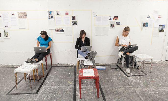 Die Salzburger Sommerakademie lehrt Schreiben in verschiedenem Kontext, unter anderem auch für Kulturjournalisten.