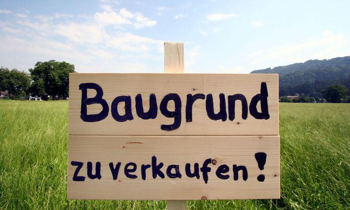 Baugrundstücke waren in Österreich 2020 um durchschnittlich 303 Euro je Quadratmeter zu haben, 2019 waren es erst 281,97 Euro gewesen..