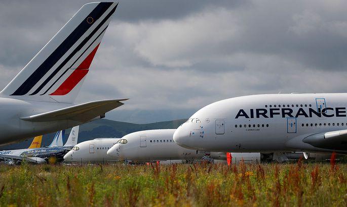 Wegen der Pandemie bleiben viele Flugzeuge auf dem Boden