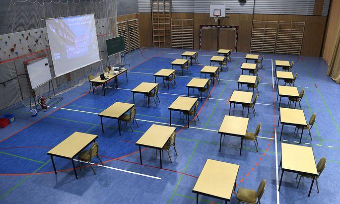 Die Schulen und ihre Ausweichquartiere sind derzeit in den Oberstufen gänzlich leer.