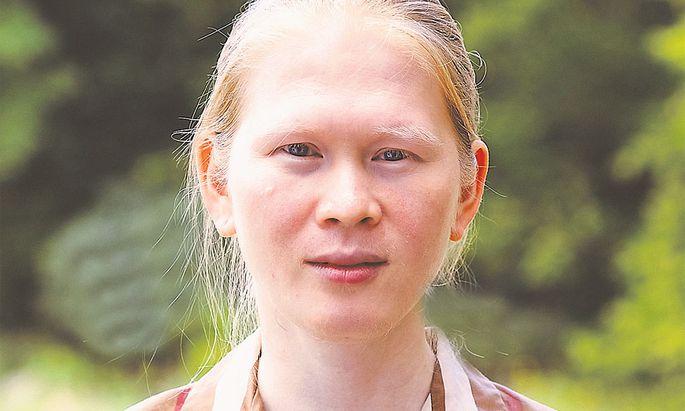 Meredith Talusan identifiziert sich als dunkelhäutige Asiatin. Die Aktivistin lebt in den USA.