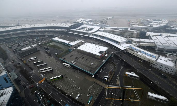 Auch der Flughafen wirbt für das Standortgesetz.