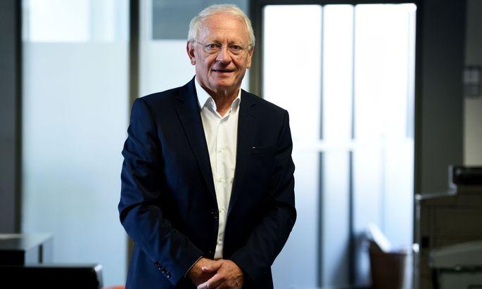 Günther Bonn.