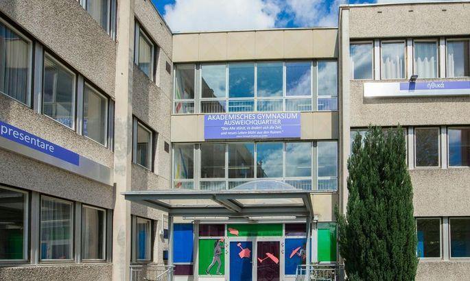MATURA: BEI EINBRUCH IN SALZBURGER SCHULE LATEIN-AUFGABEN GEOeFFNET