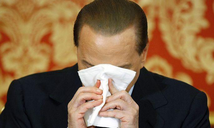 Berlusconi will Montis Kopf