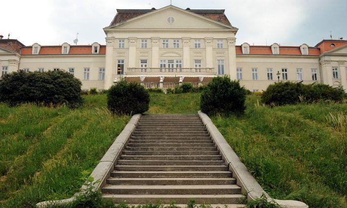 Das Schloss Wilhelminenberg war bis 1977 ein Kinderheim