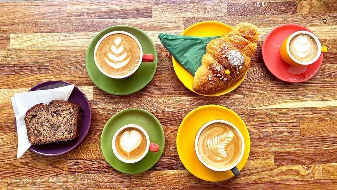 In der Stumpergasse gibt es einen neuen Stopp für müde Geister und Kaffeeliebhaber.