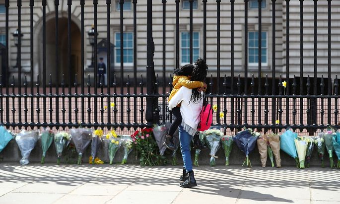 View of Buckingham Palace after Prince Philip has died in London
