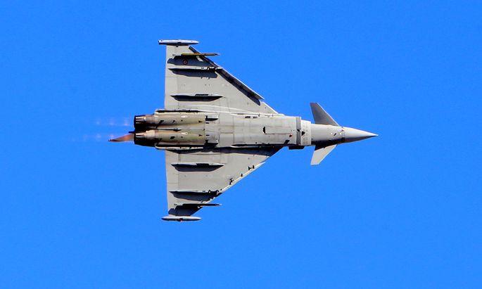Seit 13 Jahren überwachen die Eurofighter den österreichischen Luftraum – umstritten sind sie immer noch.