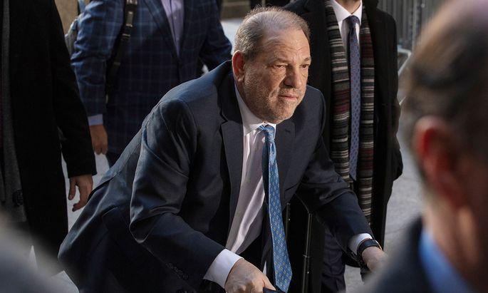 Hollywood-Produzent Harvey Weinstein muss 23 Jahre ins Gefängnis.