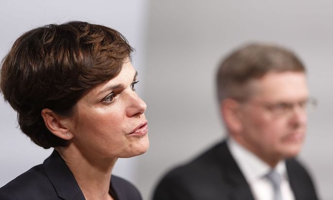 Pamela Rendi-Wagner und Christian Deutsch