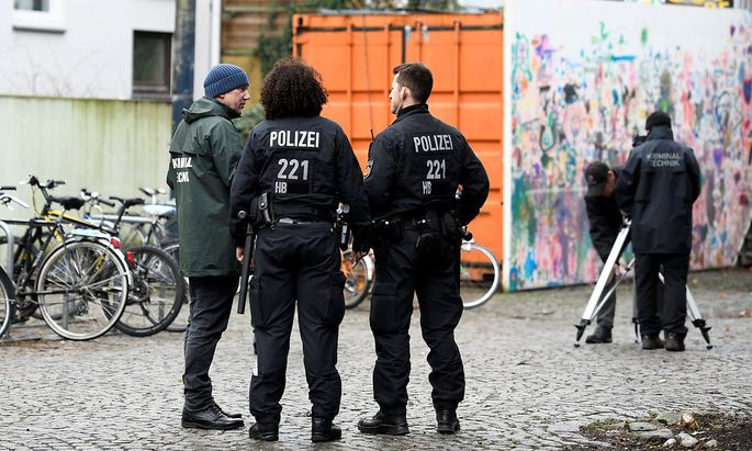 Ermittler in Bremen inspizieren den Tatort