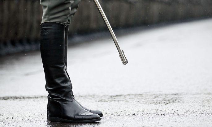 Symbolbild: Stiefeln eines Offiziers des Bundesheeres
