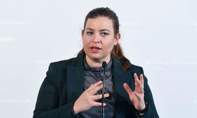 Die Fraktionsführerin der Grünen Nina Tomaselli