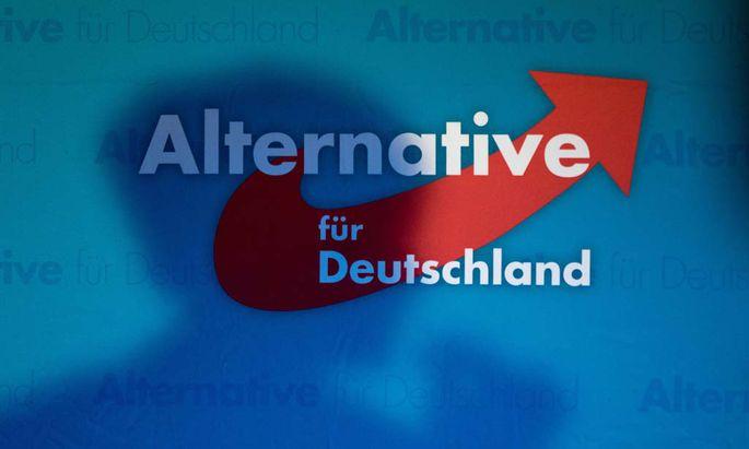 Alternative f�r Deutschland Logo mit Schattenriss von Frauke Petry Bundesvorsitzende Neujahrsem