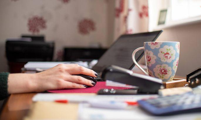 Es gilt grundsätzlich, dass Dienstnehmer nicht gegen ihren Willen zu Home-Office verpflichtet werden können.