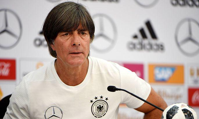 Österreich gegen Deutschland - Duell der Fußball-Zitate