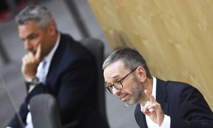 Innenminister Karl Nehammer (ÖVP) entzog FPÖ-Chef Herbert Kickl das Du-Wort.