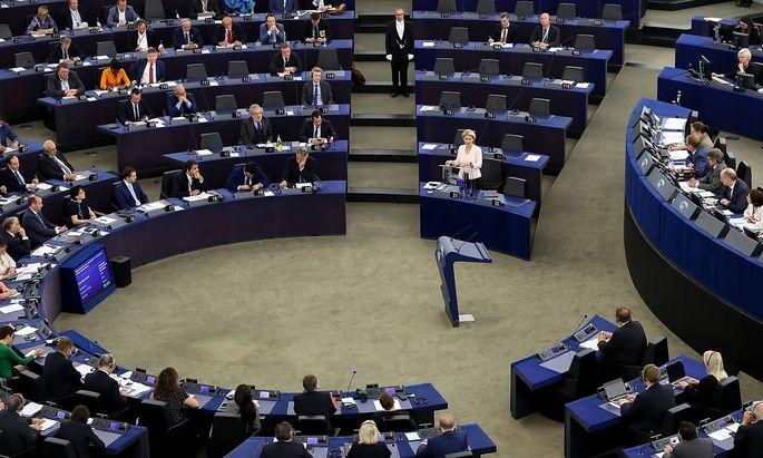 Ursula von der Leyen hielt am Dienstag ihre Bewerbungsrede vor dem EU-Parlament.