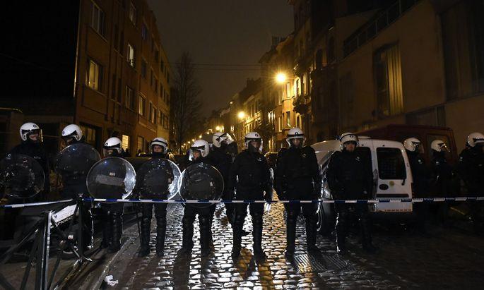 Polizeiaktion in Molenbeek, wo der seit den Paris-Anschlägen vom November gesuchte Salah Abdeslam festgenommen wurde.