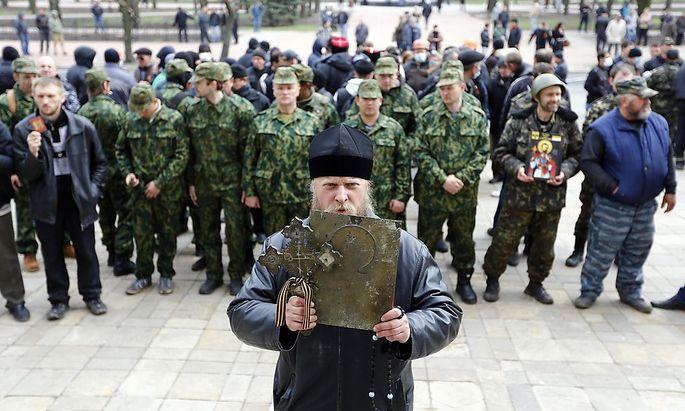 Pro-russische Demonstranten in Luhansk im Jahr 2014.