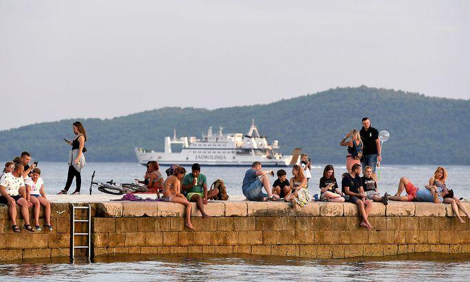 CROATIA-HEALTH-VIRUS-TOURISM