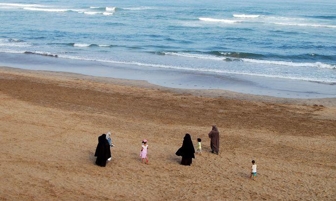 Burkas beziehungsweise Niqabs tragen in Marokko fast ausschließlich Touristinnen aus den Golfstaaten.