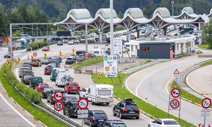 Einreise an der Slowenisch/Österreichischen Grenze beim Karawankentunnel
