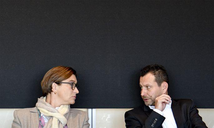 ORF1-Channelmanagerin Lisa Totzauer und ORF2-Channelmanager Alexander Hofer.