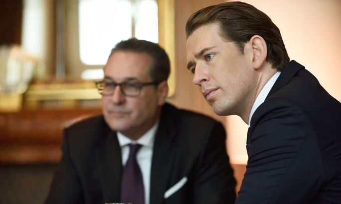 Bundeskanzler Sebastian Kurz (ÖVP) und seinem damaligen Vizekanzler Heinz-Christian Strache (Archivbild)