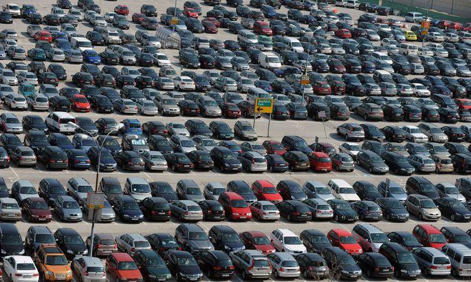 Derzeit sind 50 Prozent aller neu zugelassenen Autos in Europa Dieselfahrzeuge. 2025 werden es nur noch zehn Prozent sein.