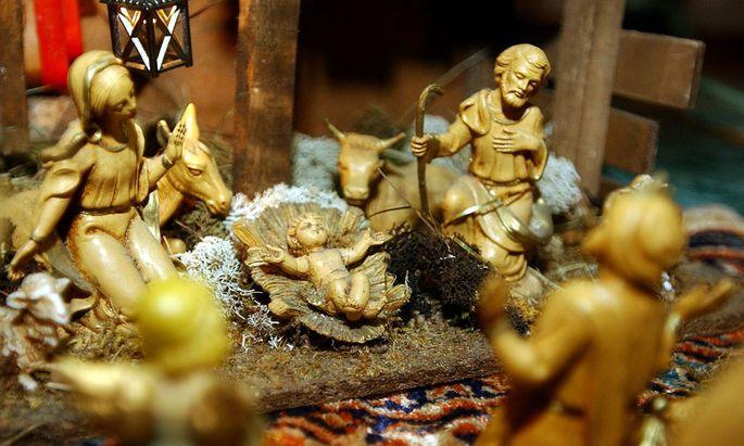 Sechs schoene Weihnachtsmaerchen