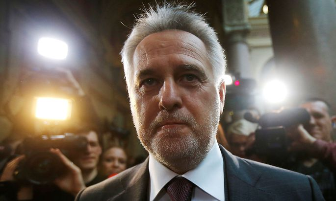 Dmitrij Firtasch und seine Anwälte waren überrascht vom Urteil des Oberlandesgerichts.
