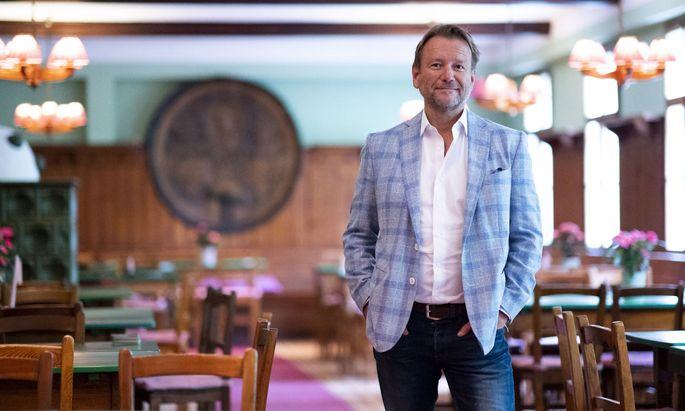 Ex-Strabag Vorstand Christian Ebner will den Heurigen in der Probusgasse mit Fokus auf Wiener Produkte weiterführen.