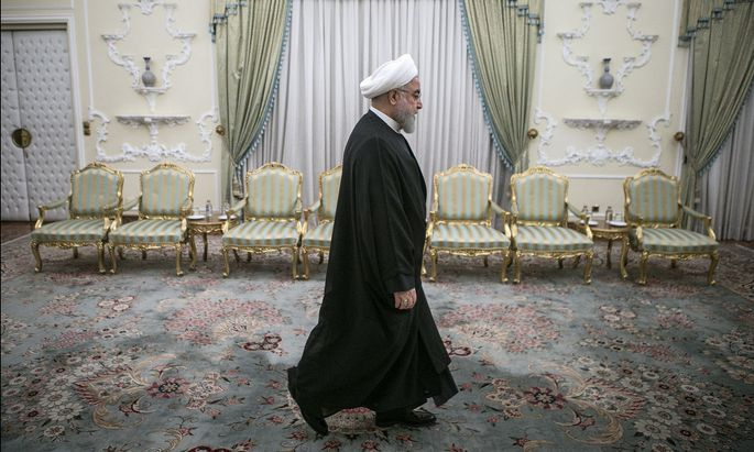 Irans Präsident Hassan Rohani legte drei Tage nach dem Crash die Ursache des Jet-Absturzes offen.