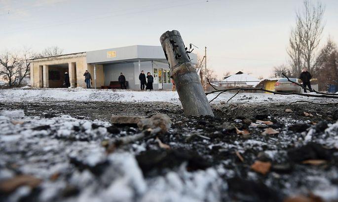 Die Waffenruhe in der Ostukraine wird immer wieder gebrochen.