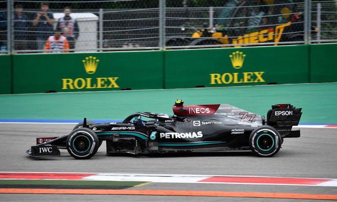 Valtteri Bottas führte das Feld in die erste Kurve, der Finne fuhr auch als Erster der letzten Runde beim GP der Türkei ins Ziel.