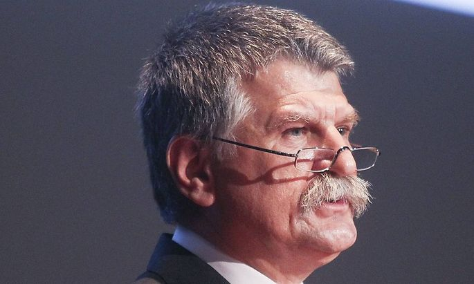 Droht mit Ungarns Auszug aus der EU: Parlamentspräsident Laszlo Köver