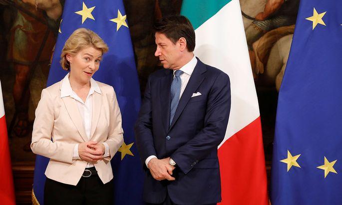 Ursula von der Leyen und Giuseppe Conte sprachen auch über die EU-Asylpolitik.