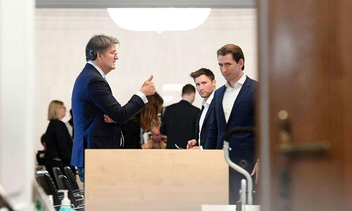 Archivbild: Helmut Brandstätter (Neos), David Stögmüller (Grüne) und Bundeskanzler Sebastian Kurz (ÖVP)