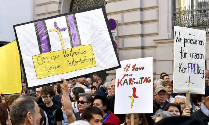Proteste gegen die Streichung des Karfreitags als Feiertag