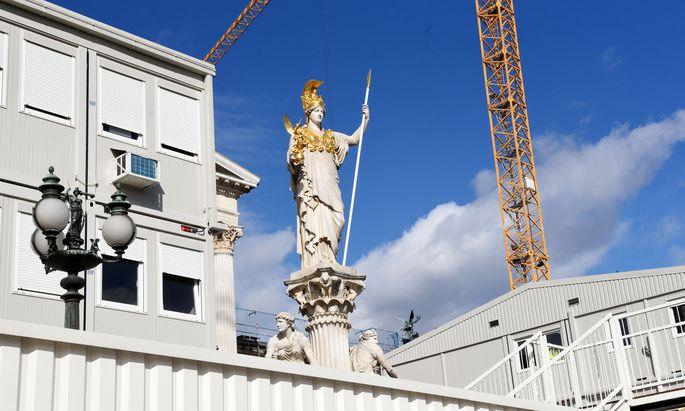 Etwa für die Bauwirtschaft spielen öffentliche Aufträge eine große Rolle.